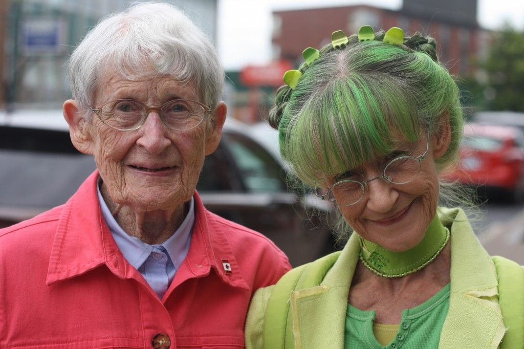 Elizabeth Sweetheart (on right) and her 101-year-old mother