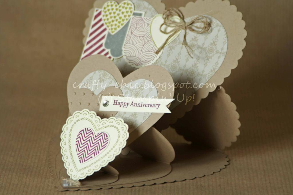 Triple Heart Easel Card - via @Craftsy