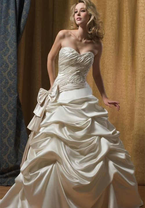 Alfred Sung Wedding Dresses - The Wedding Specialists | It\'s All ...