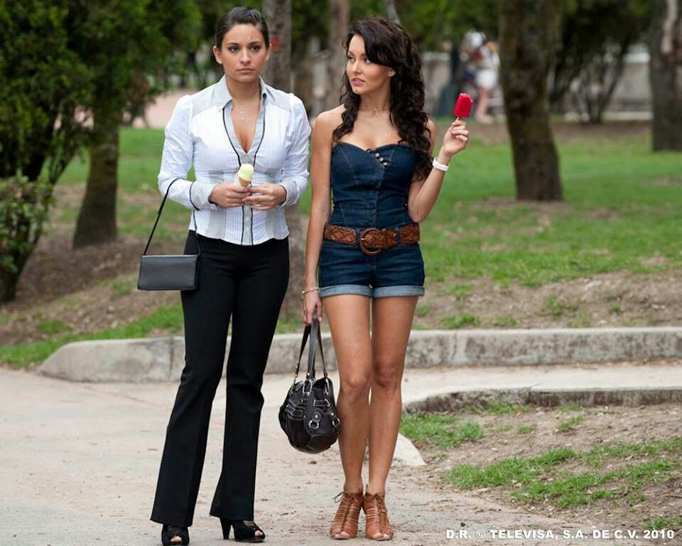 Angelique Boyer With Ana Brenda Contreras Com Imagens Atrizes