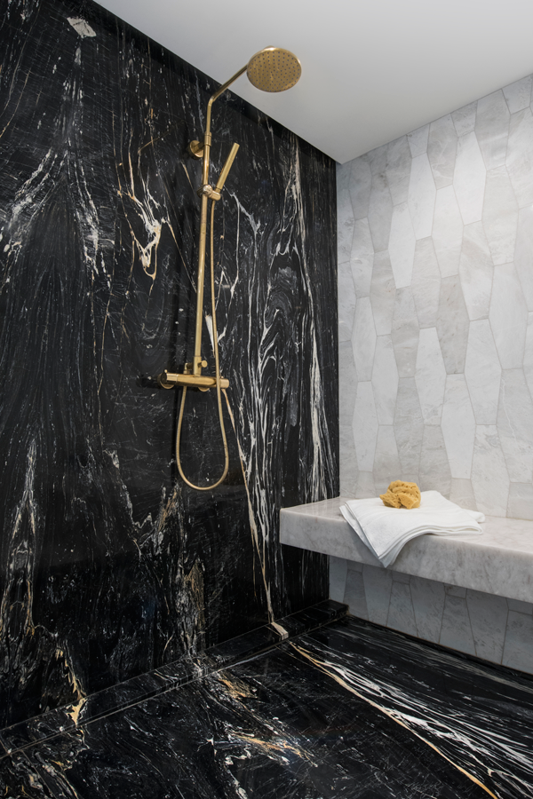 Marble Bathroom Shower Tiles At Ciot Showcase The Unique Beauty And Variations Of Natural Black Marble Bathroom Bathroom Design Black White Marble Bathrooms