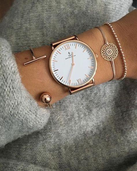 Combinez votre montre avec des bracelets très fins pour un ensemble élégant  – Southhilldesigns.com/wrivas70