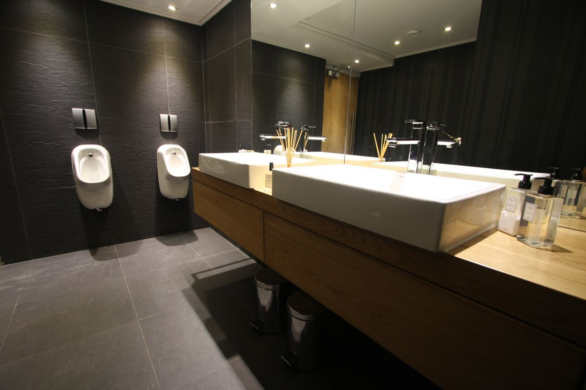 office workspace creating useful office restroom design office rh pinterest com