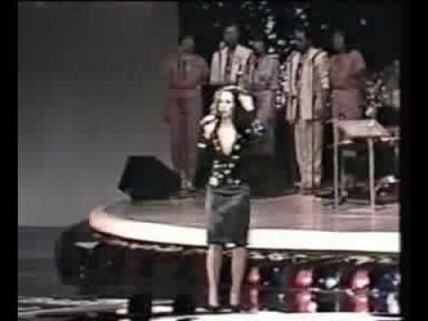 "Louco amor - Globo - 1983 - Gal Costa - Dom de Iludir - (Especial ""Baby Gal"" - 1983)"