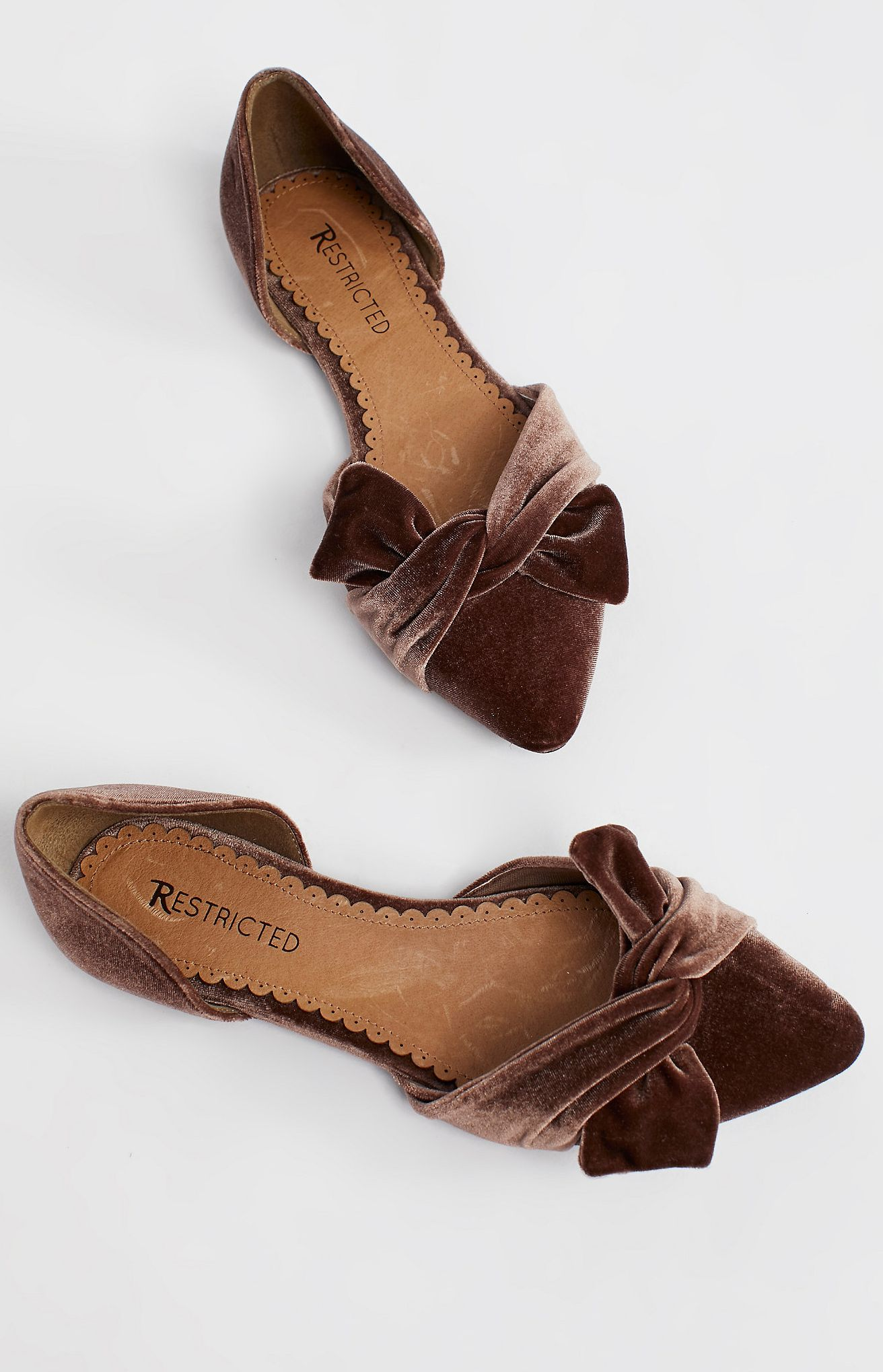 Chocolate velvet bow flats   Women