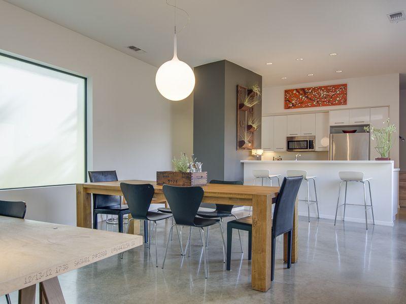 Beautiful Modern home in Dallas's modern architecture