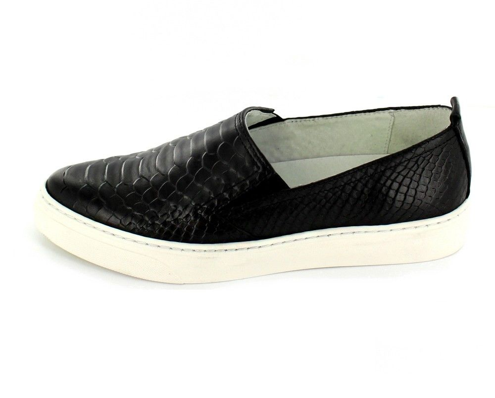 bronx trendiger damen slip on sneaker slipper aus leder in reptil optik schwarz mit weisser. Black Bedroom Furniture Sets. Home Design Ideas