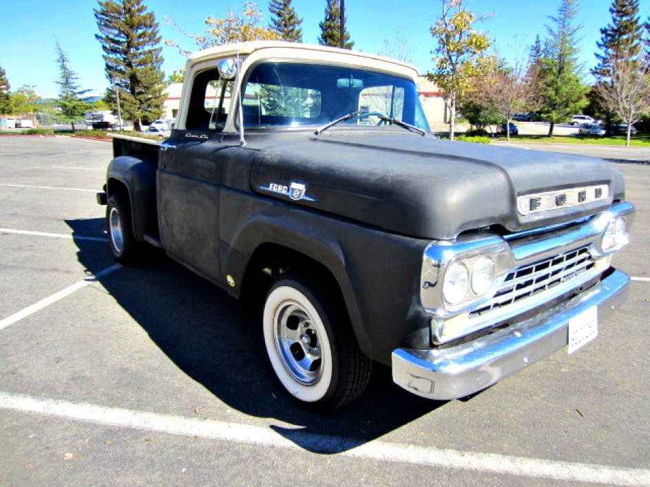 1959 Ford F-100 Step-Side Short Bed on GovLiquidation.