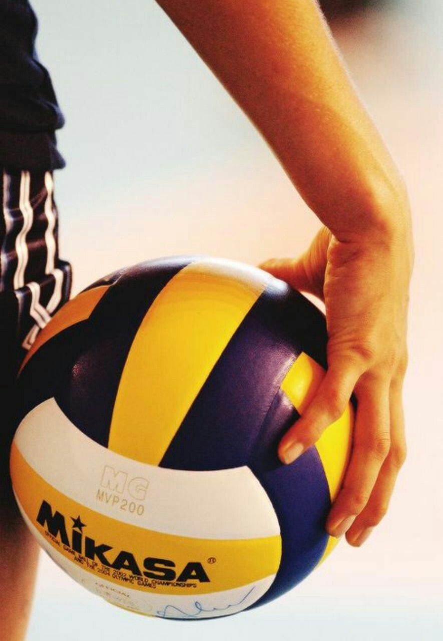 Pin By Alicia Iniguez On Volleyball Photography Ideas Volleyball Photography Volleyball Wallpaper Volleyball Drawing