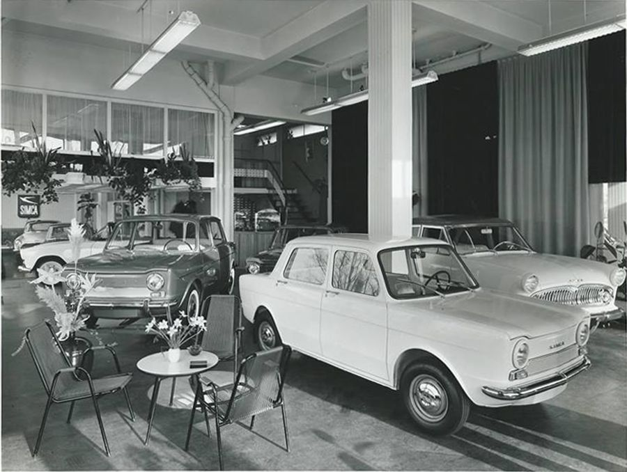 pin van koen beekmann op garage pinterest peugeot cars en vintage cars. Black Bedroom Furniture Sets. Home Design Ideas