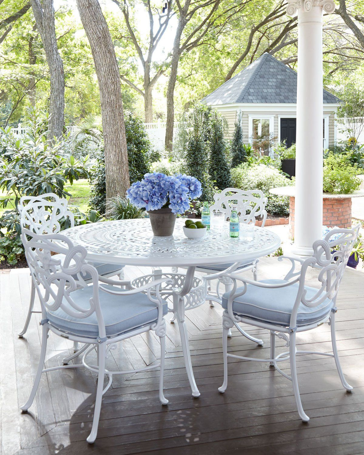 Brown Jordan Day Lily Round Outdoor Dining Table White Patio