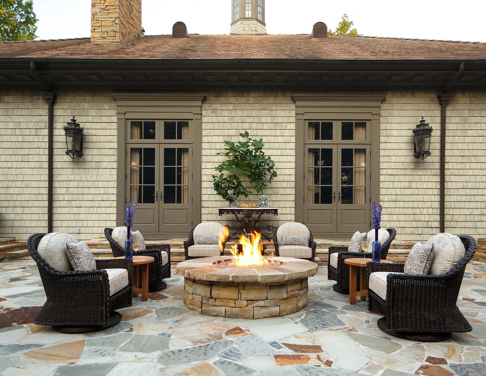 create beautiful outdoor space