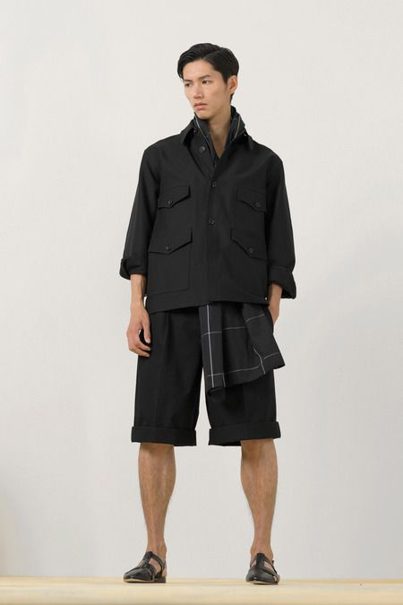 Paris Fashion Week (Menswear): Christopher Lemaire - Spring 2014