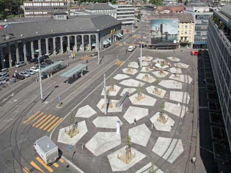 Neugestaltung Tessiner Platz is designed by Kuhn Truninger in 2005. The project was constructed in 2006.