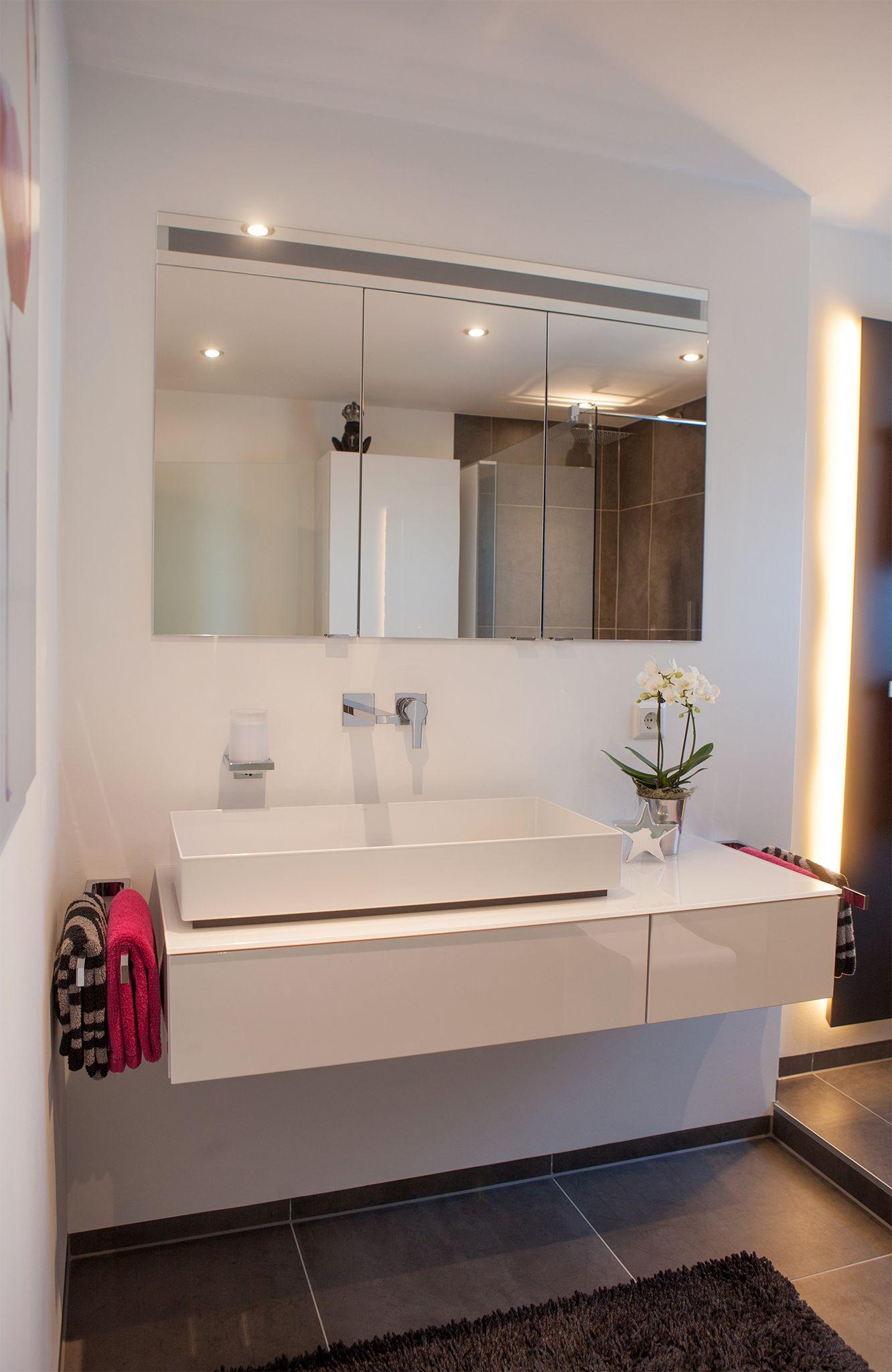Waschtisch Für Aufsatzbecken weißer waschtisch mit aufsatzbecken badezimmer der vitus könig