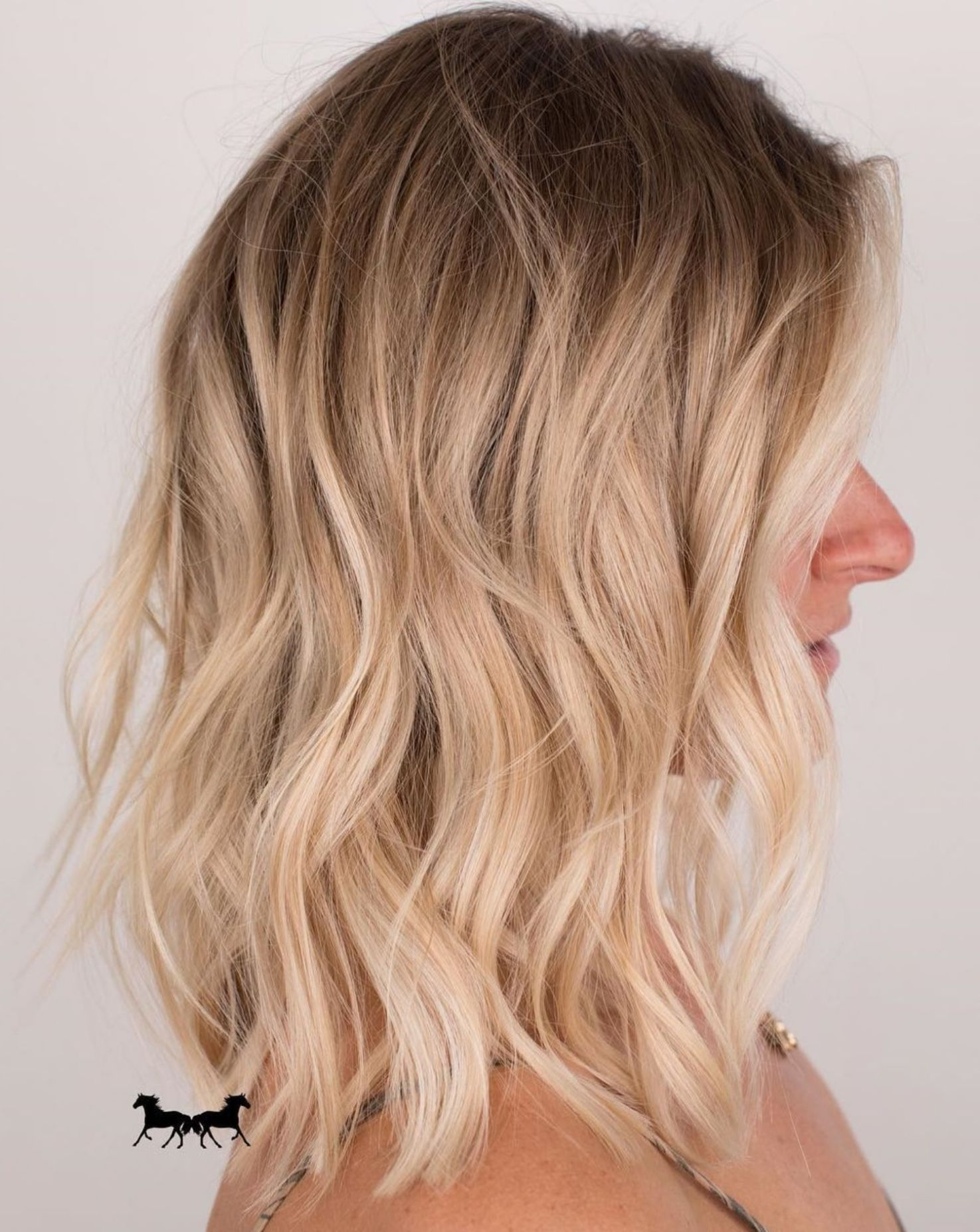 12 Perfect Medium Length Hairstyles for Thin Hair  Blonde wavy