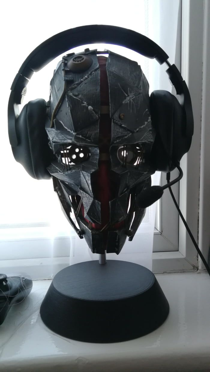 If we're showing headset stands - PC Master Race