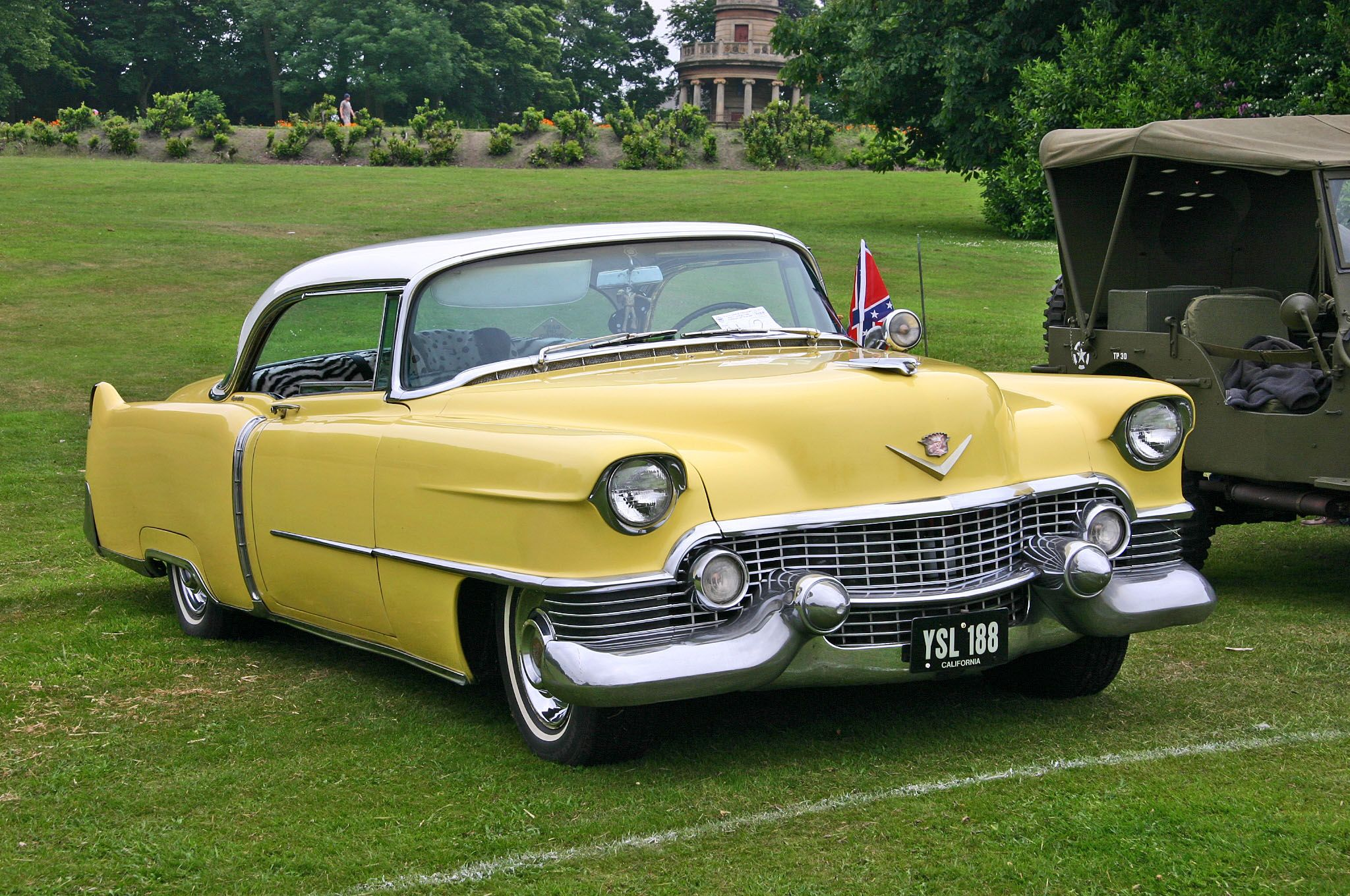 1954 cadillac | Description Cadillac Coupe de Ville 1954 front.jpg