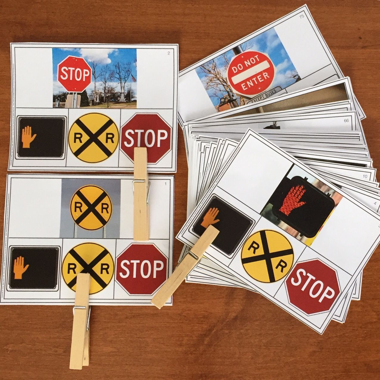 Community Amp Safety Signs Clip Cards