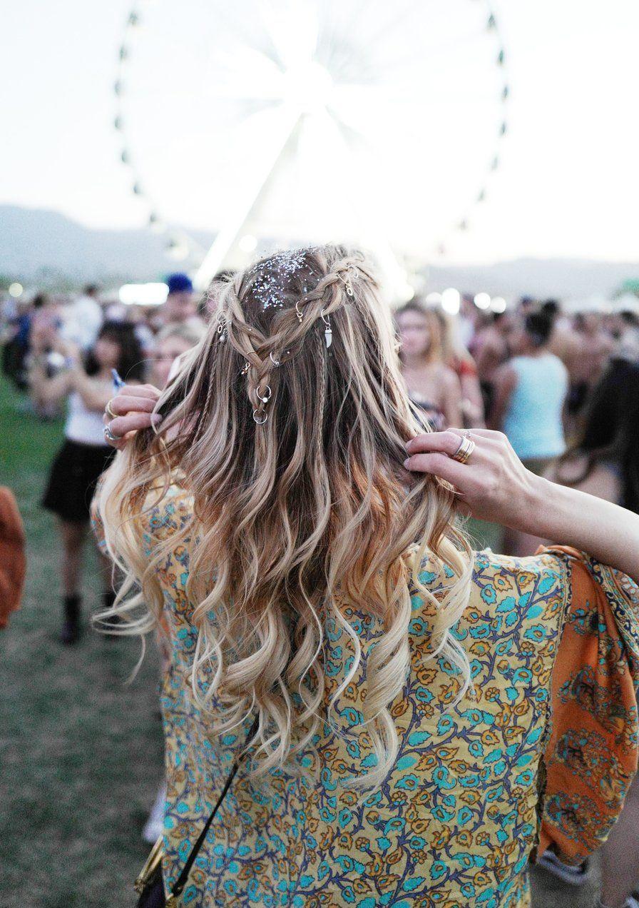 3 peinados de festival que duran para siempre y sobreviven al concierto más salvaje