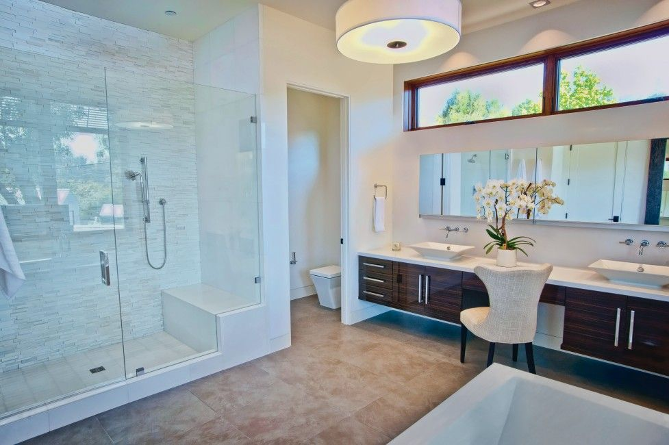 Best Today S Master Bathrooms Feature Showers With Glass Doors 640 x 480