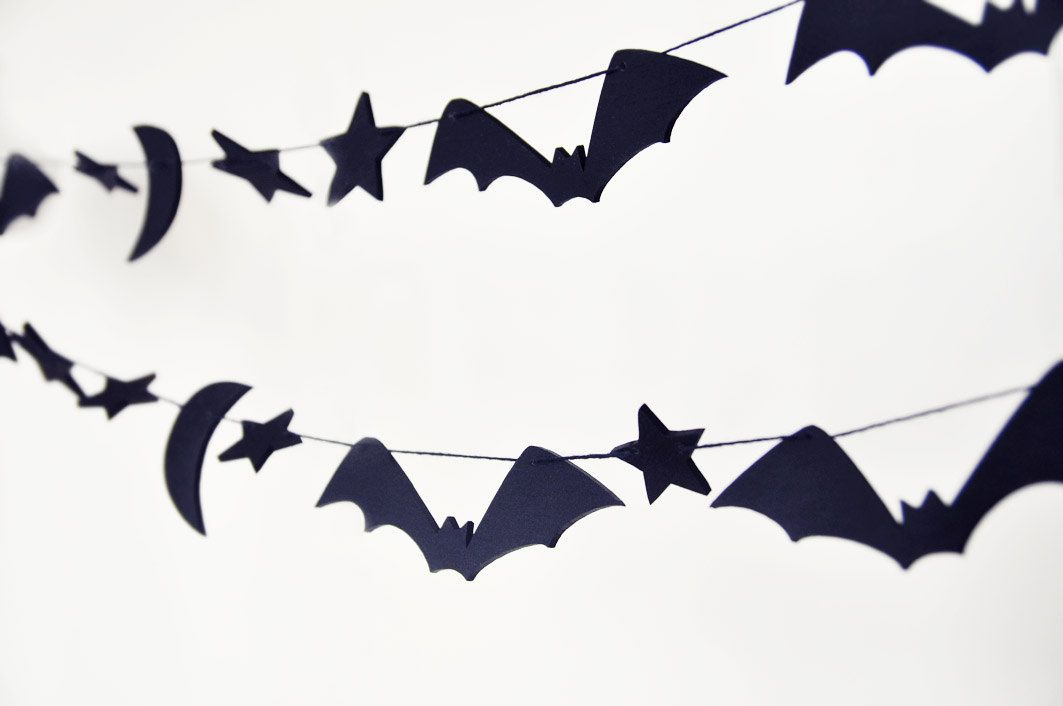 Halloween wooden garland, bat outdoor decorations, rustic