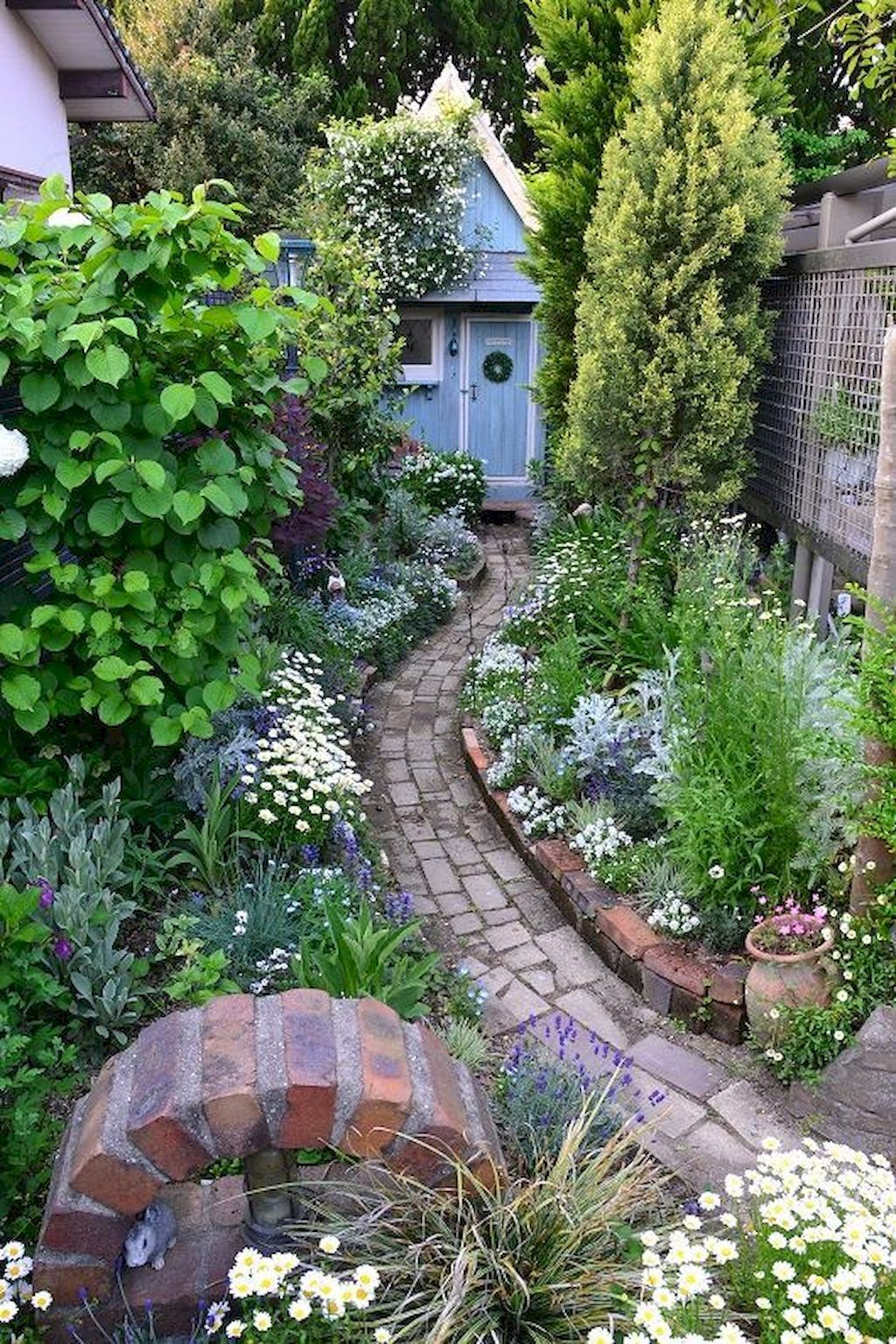 85 Beautiful Small Cottage Flowers Garden for Backyard ...