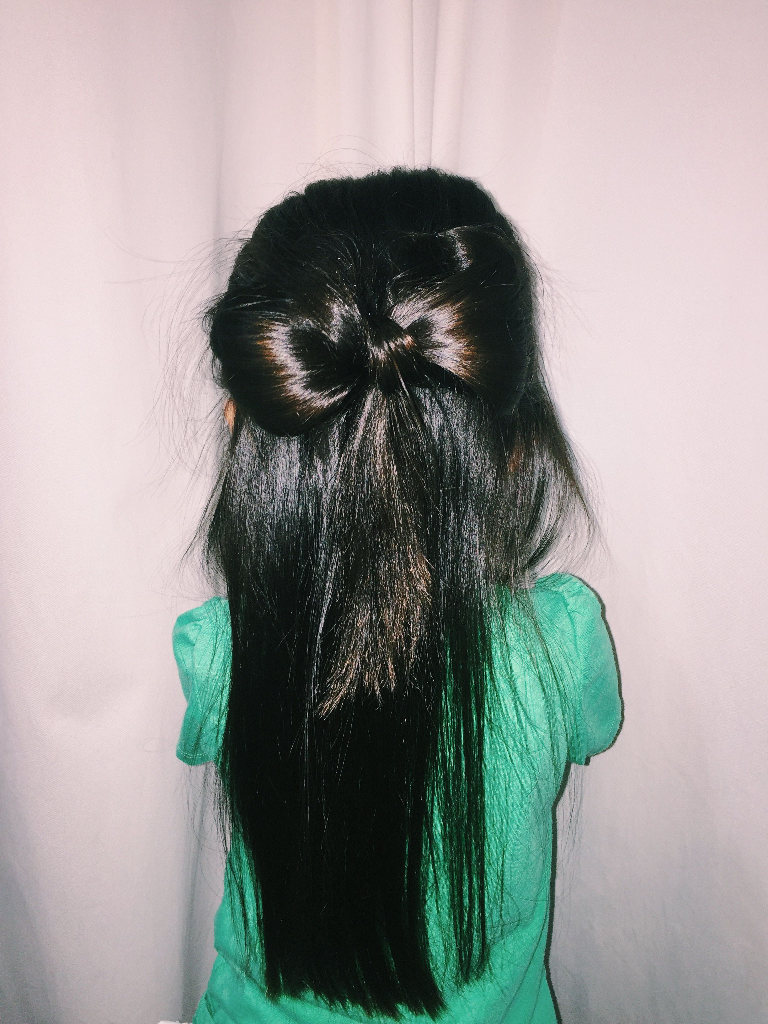 Easy and Cute Half-up Hair Bow Tutorial