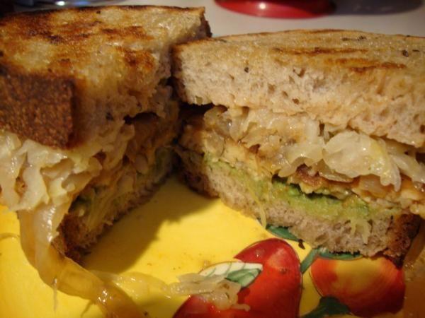 Grilled Tempeh Reuben Vegan Lunch Recipes Vegetarian Sandwich Vegan Cooking