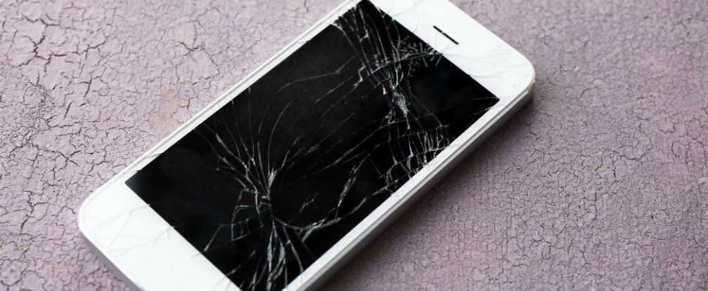 Soon Your Cracked Smartphone Screen Will Be Able to Self