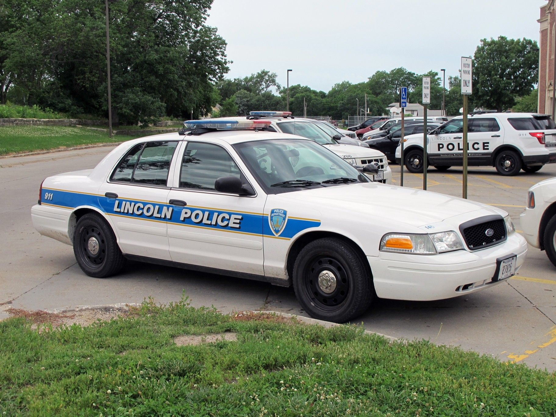 Lincoln Ne Police 146 Ford Cvpi Modern Police Vehicles