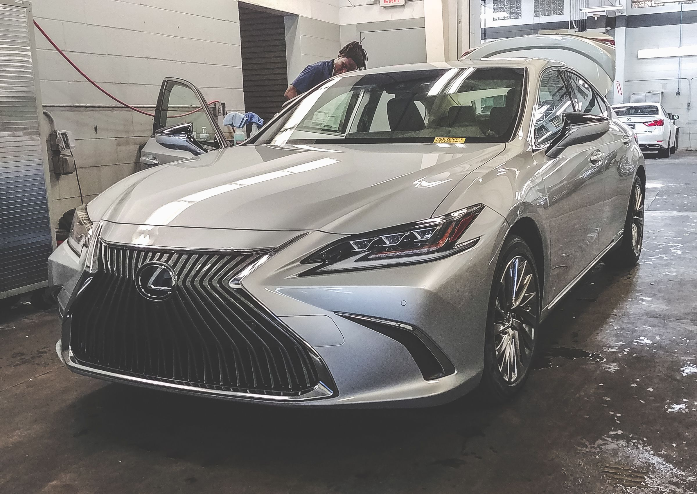 our first new fully re-designed 2019 #lexus #es model has arrived