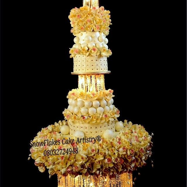 Nigerian Wedding Top Cake Baker Snow Flakes Artistry Port | A Yellow ...