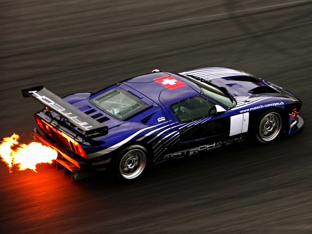 Ford GT-R Exhaust Flames