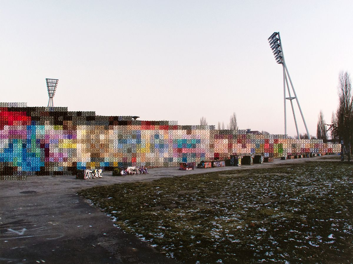 Photos With Embroidered Pixels Trace the History of the Berlin Wall ...