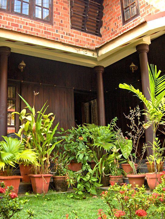 6aa.jpg | Exterior design, Kerala houses, Garden design