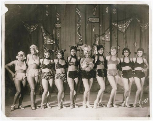 The Original Pussycat Dolls Chorus Girls And Burlesque Dancers
