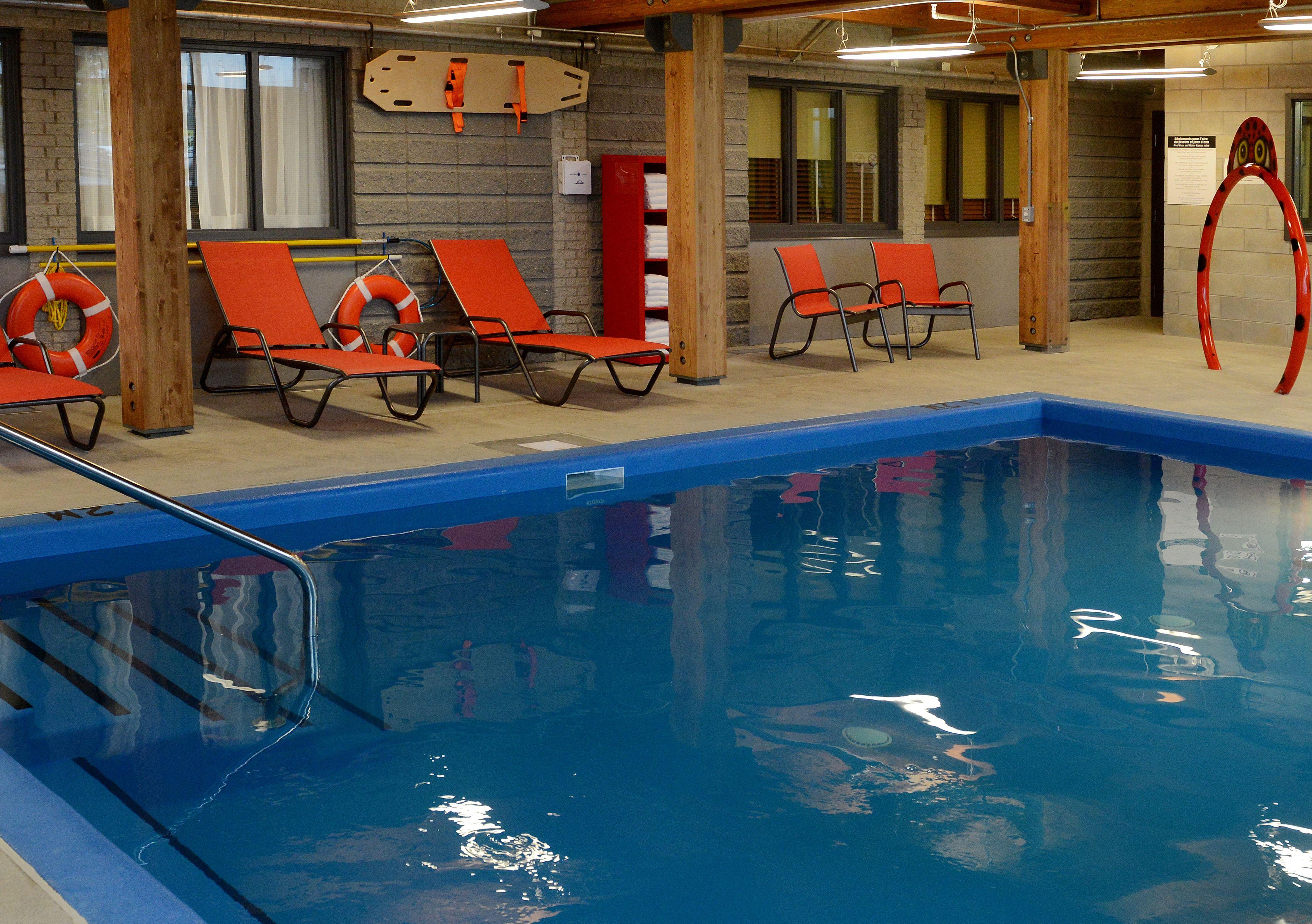 htel avec piscine intrieure et petit djeuner inclus