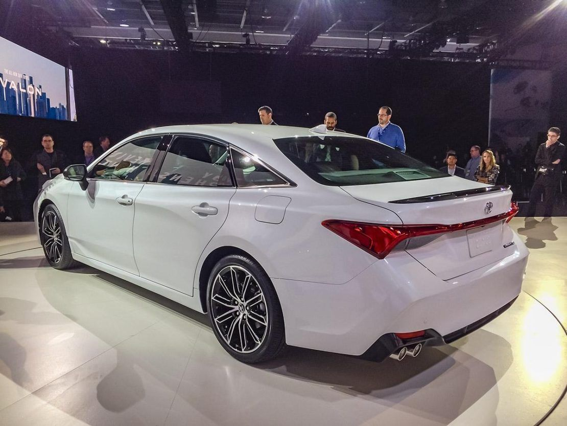 2019 Toyota Avalon First Look Kelley Blue Book With Regard To Limited