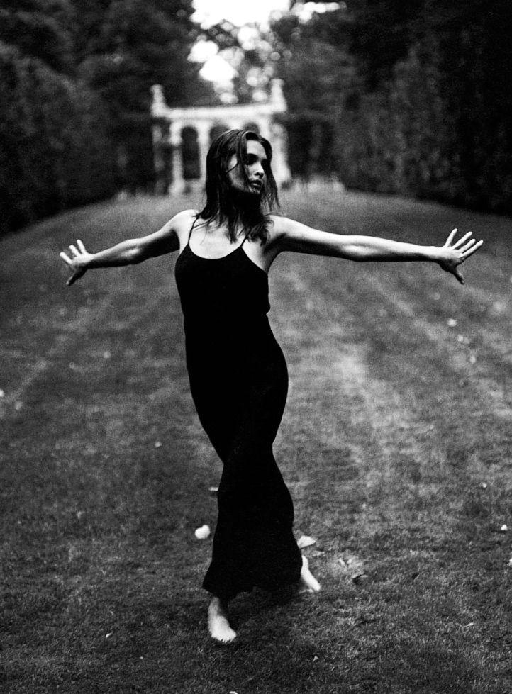 Talisa Soto * Sante D'Orazio  One of my favorites.