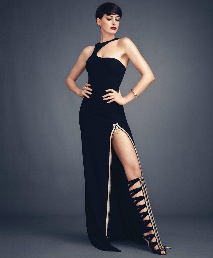 Энн Хэтэуэй (Anne Hathaway) в фотосессии Алекси Любомирски (Alexi Lubomirski) для журнала Harper's Bazaar (ноябрь 2014), фотография 1