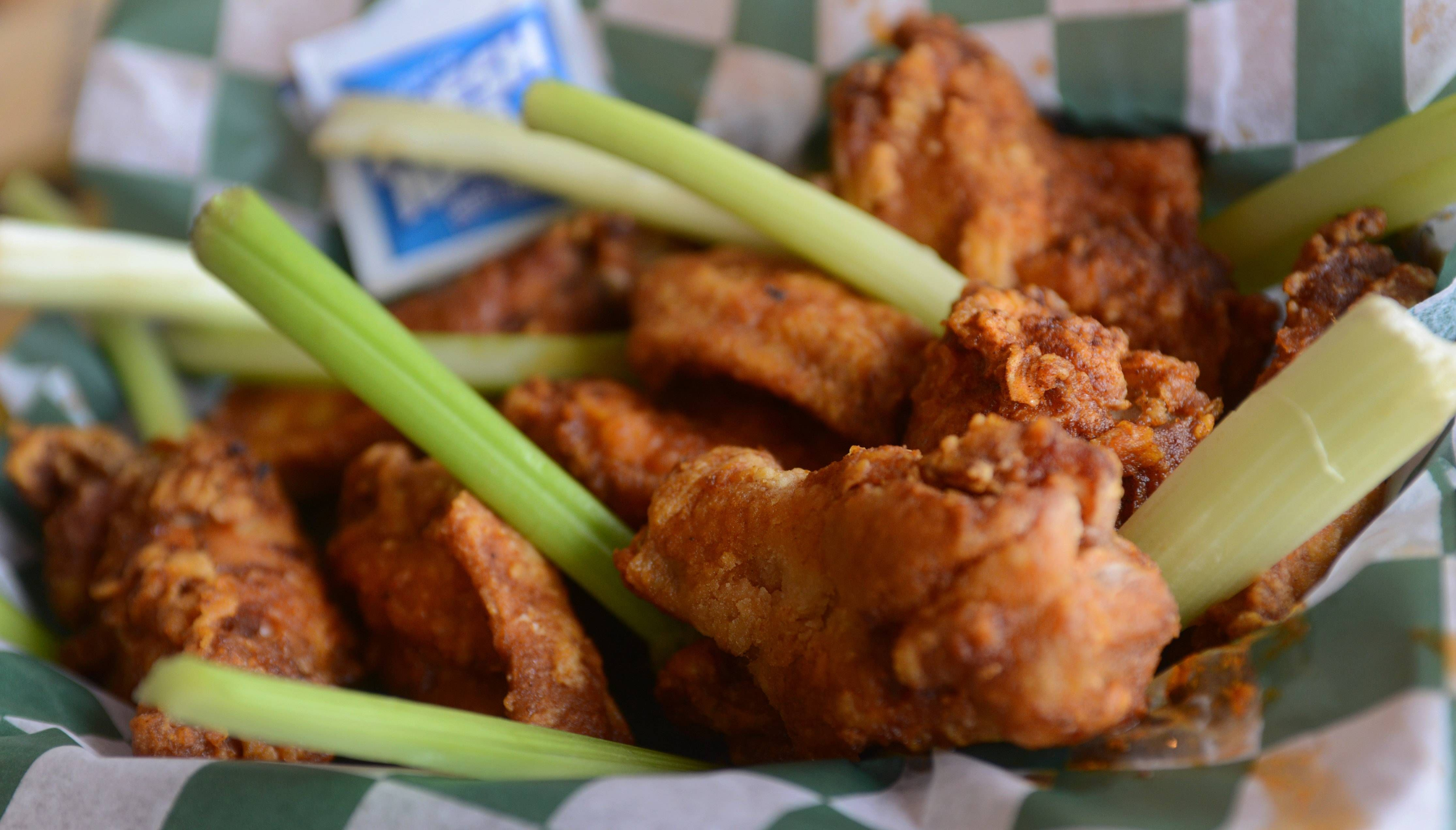 Game On Watch Super Bowl At Suburban Sports Bars Buffalo Wings Beer Specials Super Bowl