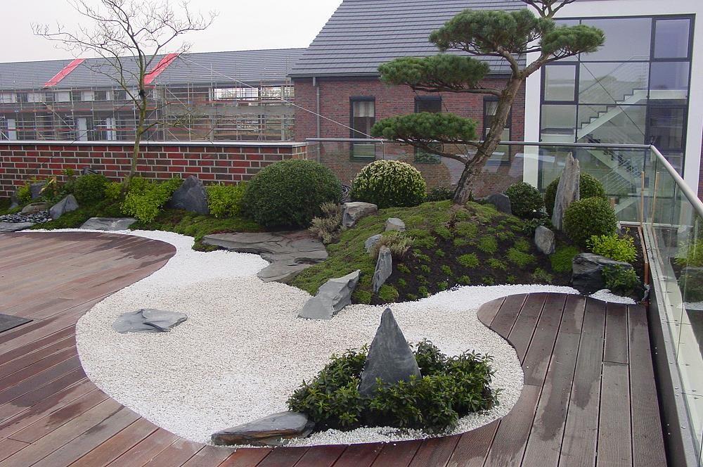 japanischer Garten auf Dachterrasse, traumhaftes Wohnen im