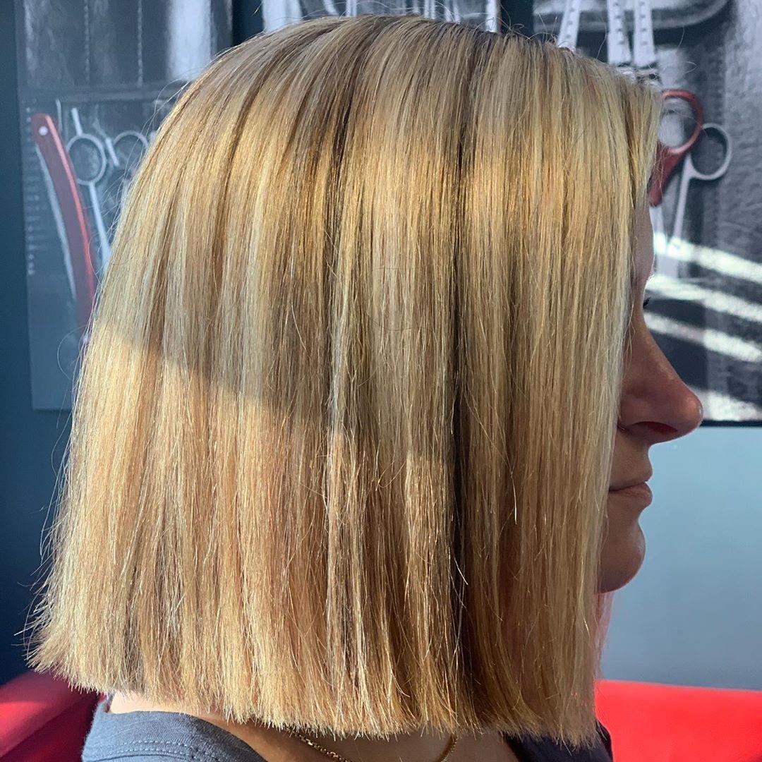 This blonde beauty lights up the salon with every visit 🧜🏼♀️ . #swipeforbefore #behindthechairstylist #modernsalon #gardinerhairstylist #augustahairstylist #centralmainestylist #hairpainting #blonde #highlightshair #livedinhair #livedinblonde #matrixlightmaster #blondehair #blonding #blondehighlights #blondegoals #session2 #goingblonde #rumorhasit #appointmentsavailable @shy_eyecandyxo