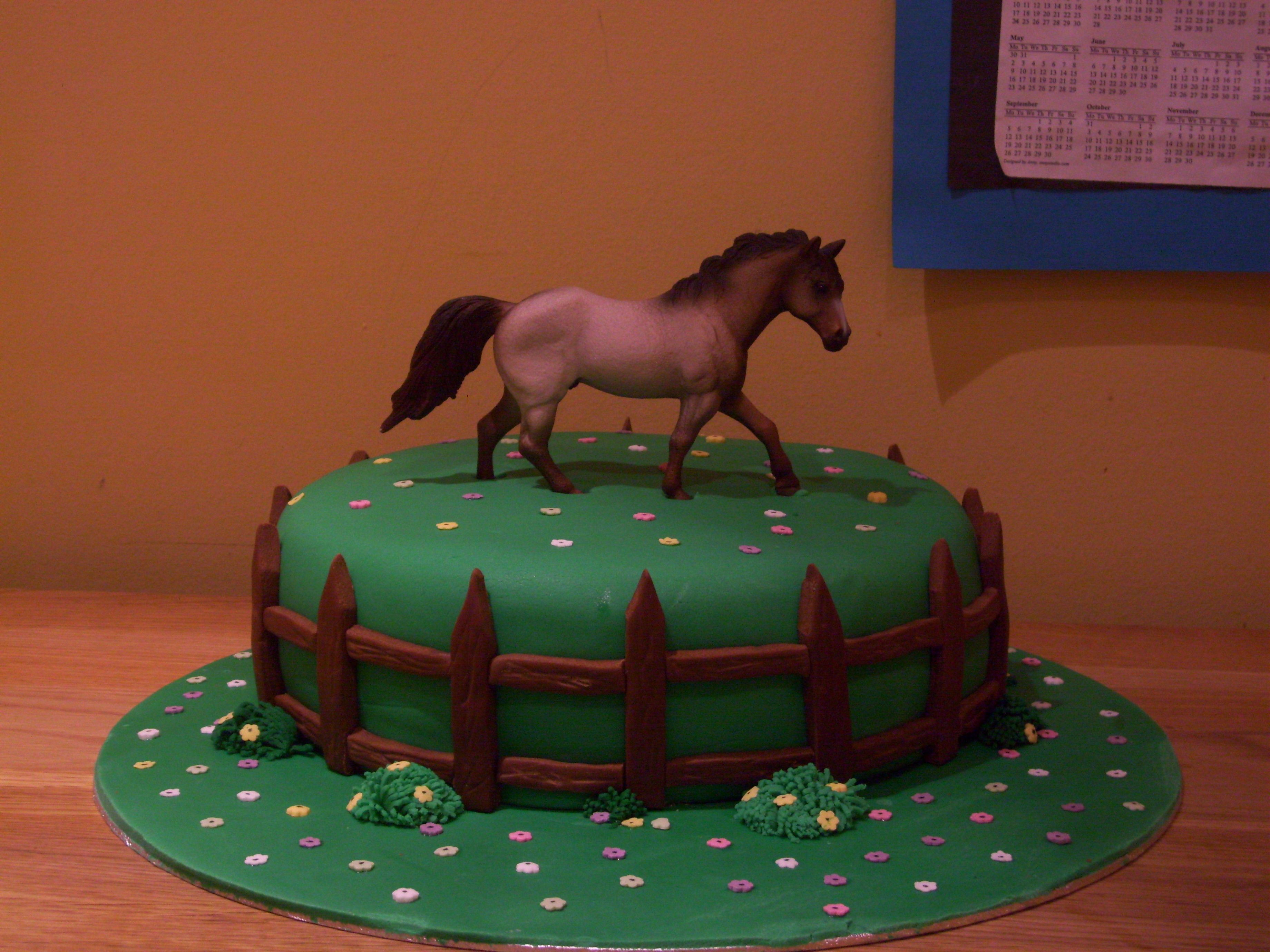 Simple Horse Cake With Images Horse Birthday Cake Horse Cake