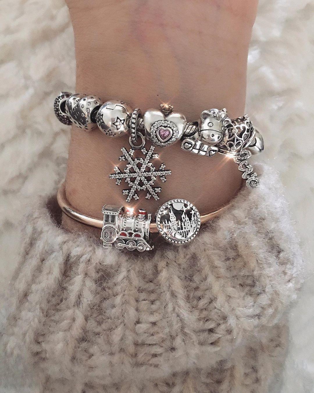 bracciale pandora con orologio