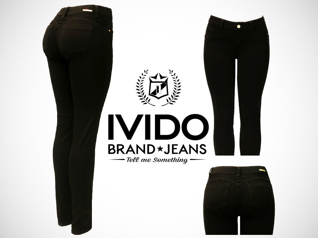 ‪‎sunday‬ in black with ‪#Ivido Jeans‬