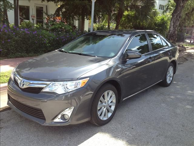 Toyota Camry XLE 2012 Specifications Price: $29,999 Mileage: 2,789 Miles  Exterior: Magnetic Grey