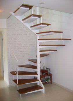 Escada caracol quadrada
