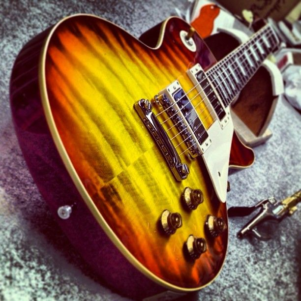 1959 Les Paul Reissue in Washed cherry